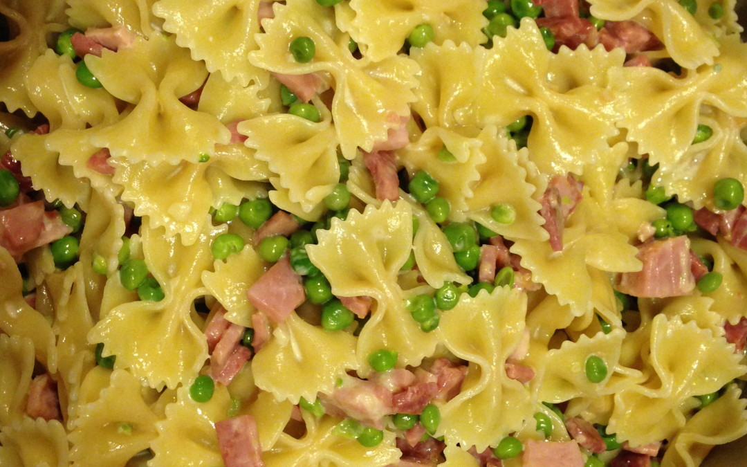 Farfalle with Ham and Peas